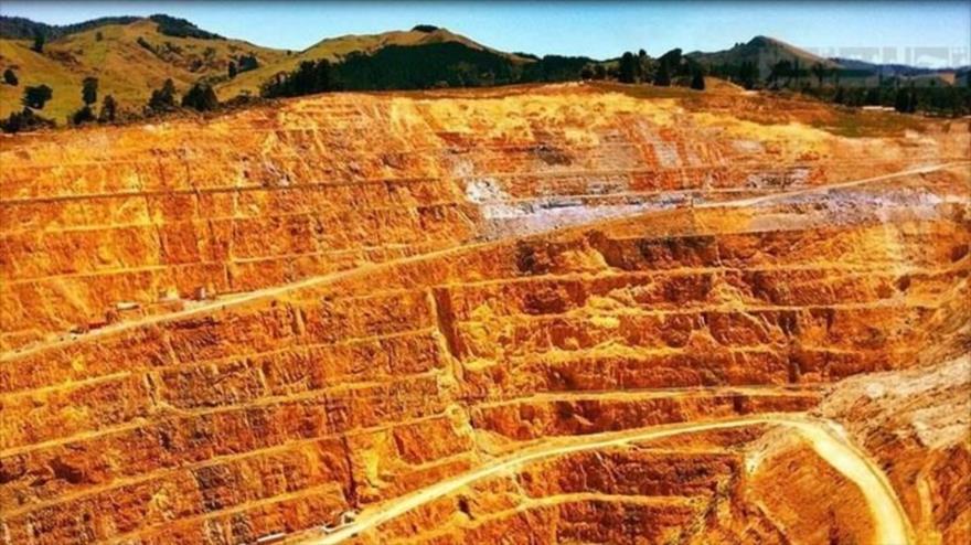 بهره اندک مردم تکاب از سهم نیمی از ذخیره طلای کشور