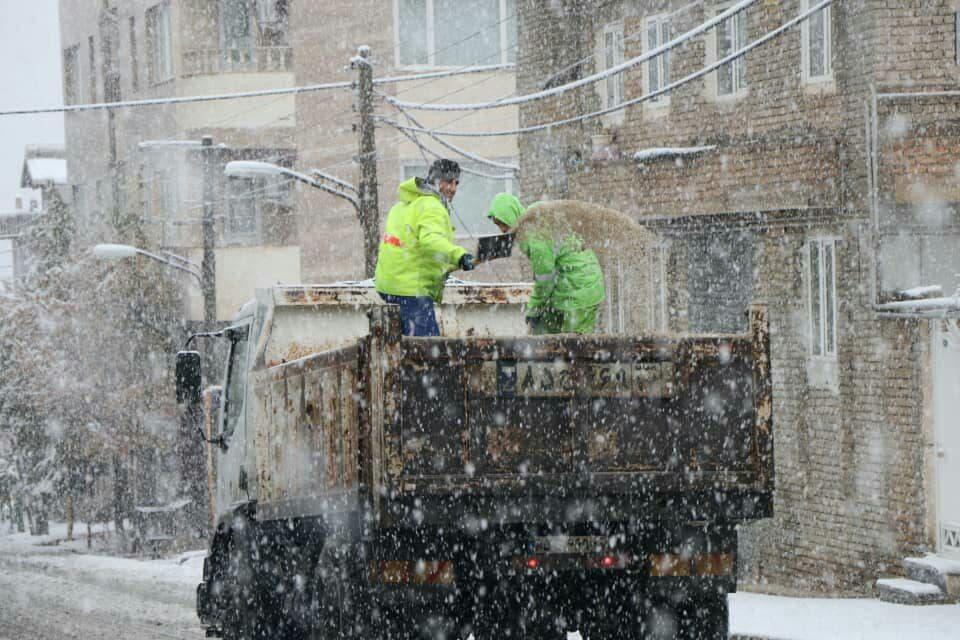 ۸۸۰ پاکبان در اورمیه برای بارش برف در آمادهباش هستند