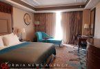 ویدئویی برای اثبات شایعه بودن خبر حضور طلّاب قمی در هتل ۵ ستاره اورمیه