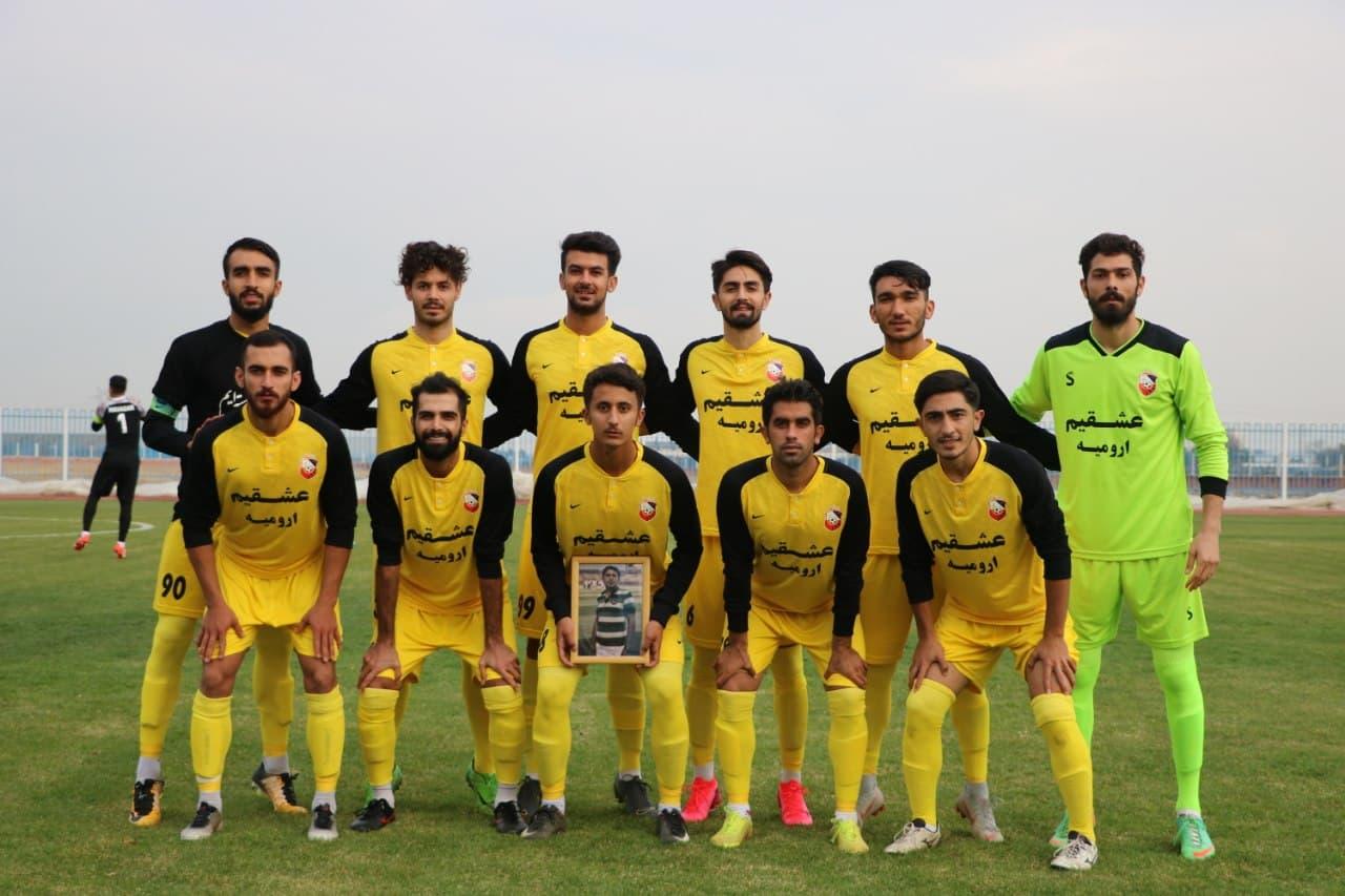 تساوی تیم انتهای جدولی ۹۰ اورمیه برابر مس کرمان صدرنشین