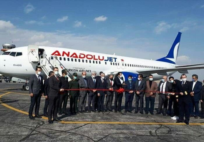 نخستین پرواز «آنادولوجت» به اورمیه بر زمین نشست