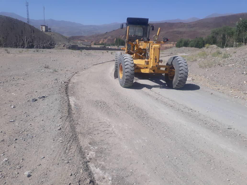 تسطیح ۴۵ کیلومتر راه روستایی در اورمیه