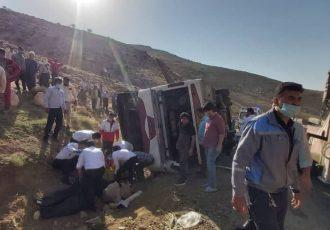 تصاویر حادثه امروز واژگونی اتوبوس خبرنگاران