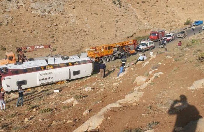 سیر تا پیاز حادثه واژگونی اتوبوس خبرنگاران در نقده