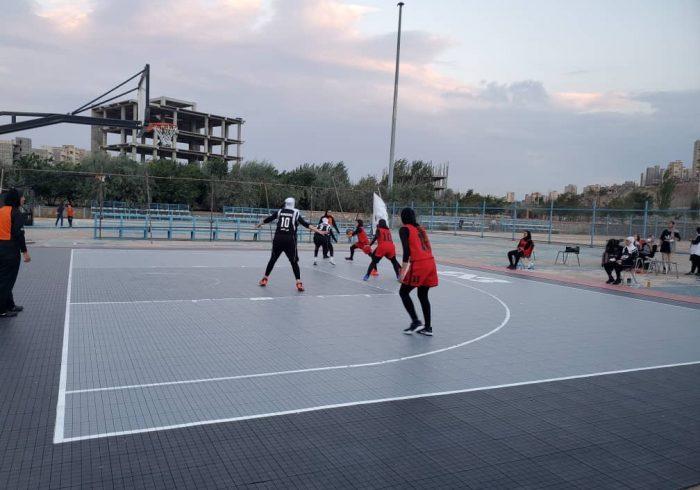 نماینده اورمیه نایب قهرمان بانوان و چهارم مردان والیبال سه نفره منطقه پنج کشور